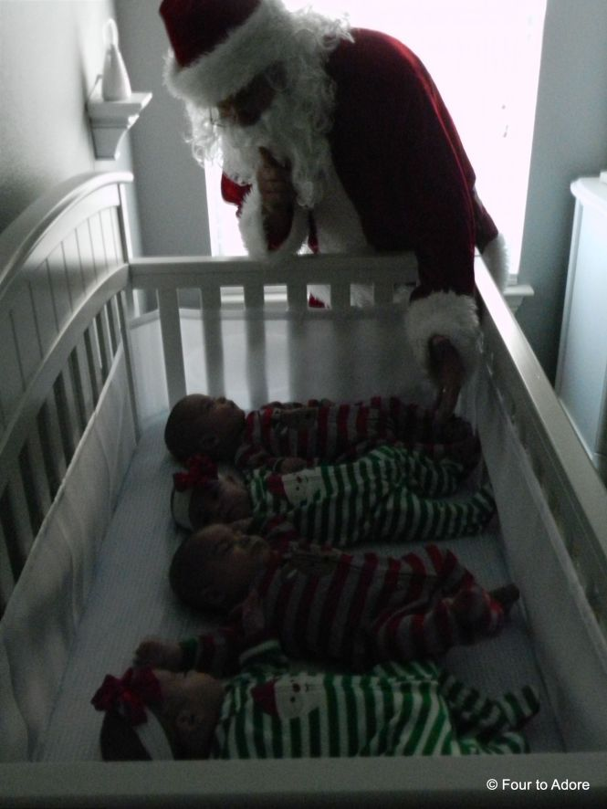 Santa sees you when your sleeping (Rylin and Harper) and he sees when your awake (Mason and Sydney).