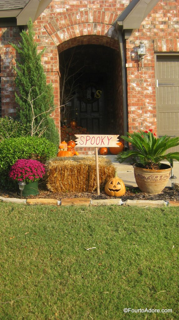 Fall porch decor