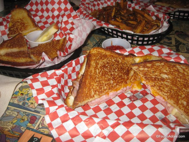 Lee's Grilled Cheese